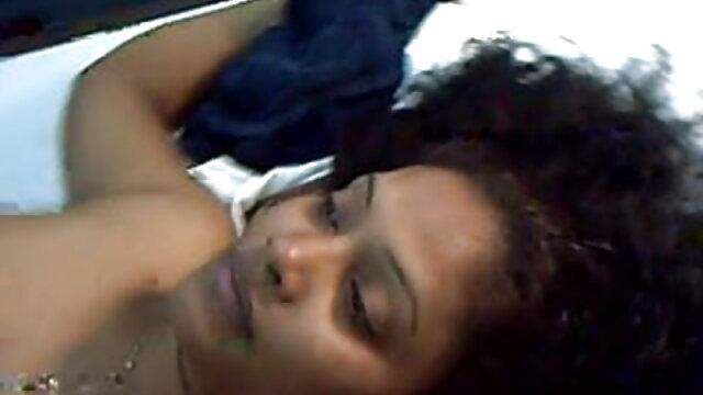 अश्लील कोई पंजीकरण  एरियल मेज बीपी फिल्म देसी पर है