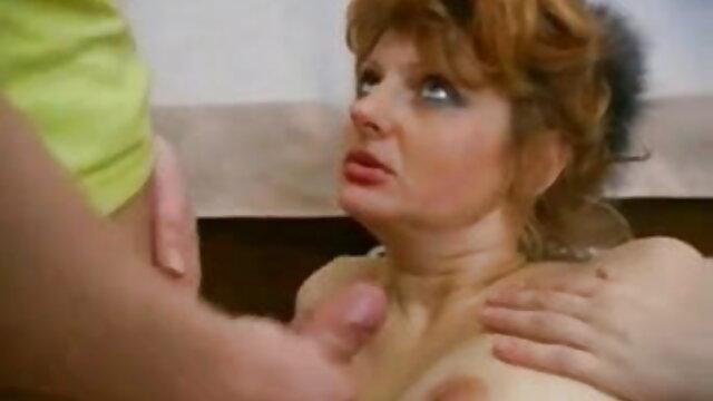 अश्लील कोई पंजीकरण  गुलाबी पिनहाइरो होटल के वेटर की सवारी एक लालची श्यामला सेक्सी ओपन बीपी फिल्म वह पुरुष (2018)