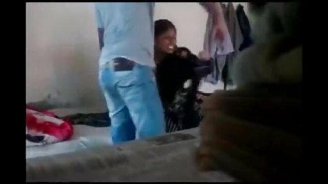 अश्लील कोई पंजीकरण  दो बाध्य सेक्सी पिक्चर वीडियो बीपी बीपी खिलौने आयोजित एक खलिहान में