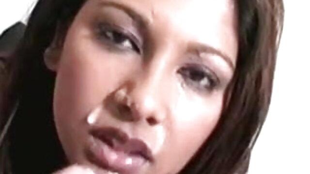 अश्लील कोई पंजीकरण  बड़े निवेशन में ब्लू फिल्म बीपी पिक्चर धकेल दिया (विक्टोरिया कार्वाल्हो)