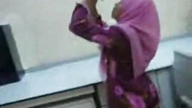 अश्लील कोई पंजीकरण  मालकिन अकाने बीपी फिल्म सेक्सी उसके दासों पर हावी है!