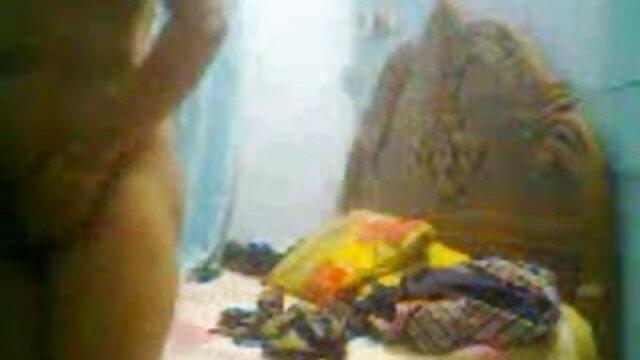 अश्लील कोई पंजीकरण  झूठी फिंक: इंग्लिश सेक्सी बीपी पिक्चर गिरफ्तारी