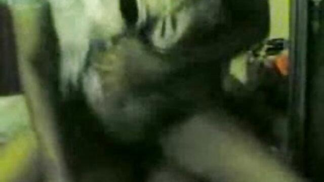 अश्लील कोई पंजीकरण  सहन करने के बीपी सेक्सी हिंदी मूवी लिए क्रॉस