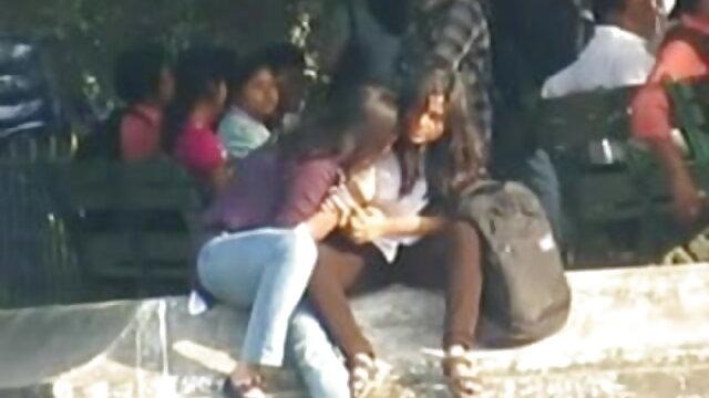 अश्लील कोई पंजीकरण  Ponygirl संचालित काठी कमबख्त मशीन बीपी सेक्सी हिंदी फिल्म